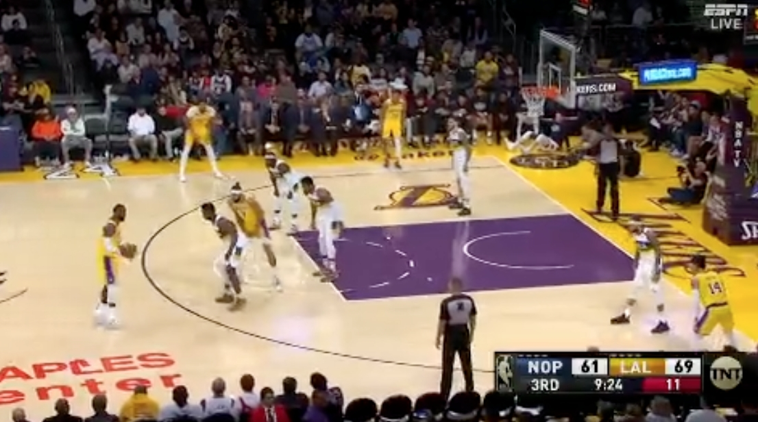 NBA Highlights: LeBron's 40 Powers Los Angeles Lakers Past the New Orleans Pelicans, Plus Zion Williamson Dunks!