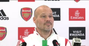 Wenger can help make me a better coach - Ljungberg