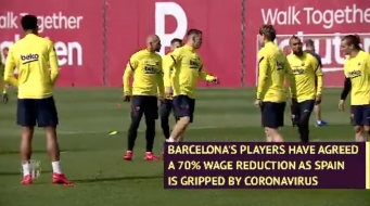 La Liga: Barcelona Players Agree to Big Wage Cut