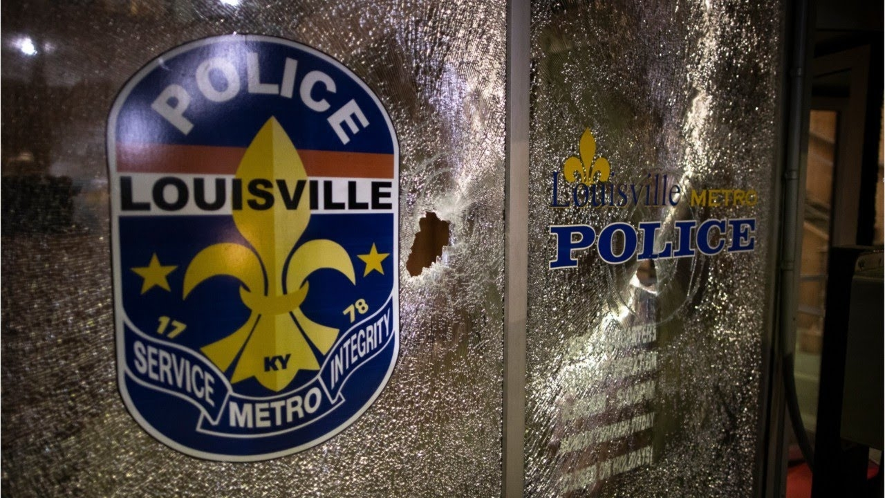 A Louisville, Kentucky Restaurant Owner Shot By Police And Left In Street For Over 12 Hours