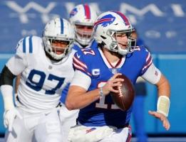 NFL: Player of the Year Candidates Include Bills Josh Allen, Chiefs Patrick Mahomes, and Packers Aaron Rodgers