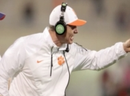 College Football: Clemson Assistant Signs Biggest Contract for Non-Head Coach