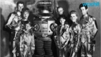Danger Will Robinson, Lost In Space Is Coming Back!